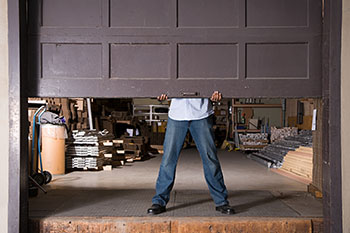 State Garage Door Service Chicago, IL 773-796-7701
